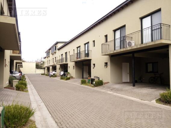 Duplex En Alquiler En Villa Margarita Con Dos Dormitorios