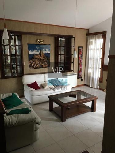 Alquilo Hermosa Casa En 2 Plantas- Ref: 302