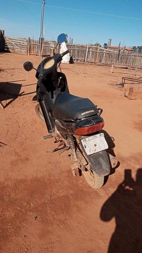 Honda Biz.   C. 100.