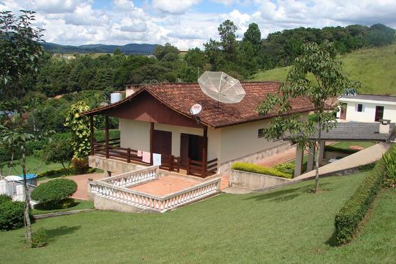 Chácara Em Atibaia Com 5 Quartos, Vista Para A Pedra Grande