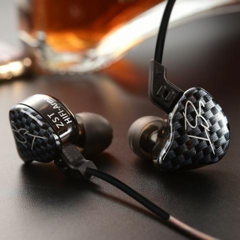Fone In-ear Kz Zst Pro + Case