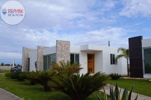 Renta En Conjunto De 10 Casas En Fracc Residencial Privado La Martinica