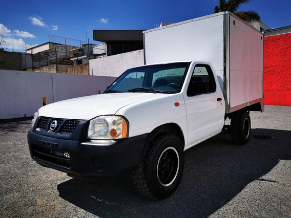 Nissan Np300 2.4 Chasis Dh Mt 2009