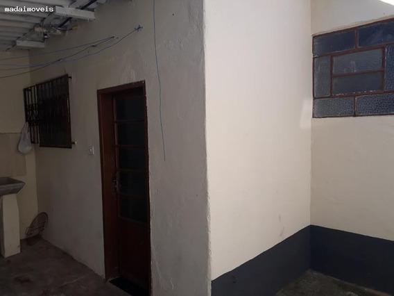 Casa Para Venda Em Mogi Das Cruzes, Alto Da Boa Vista, 1 Dormitório, 1 Banheiro - 2208_2-945102
