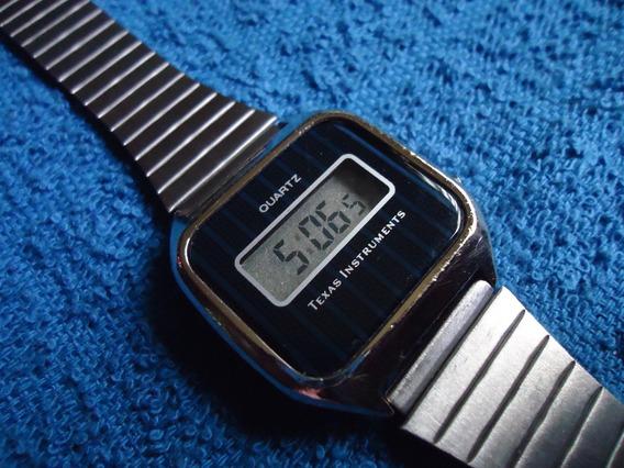 Texas Instruments Reloj Digital Vintage