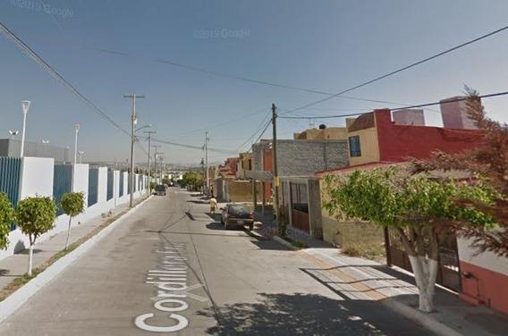 Casa En Adjudicacion Colinas Del Poniente Qro