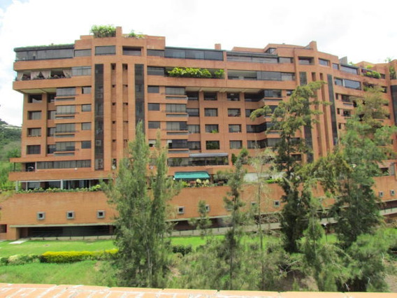 Apartamento En Venta Urb. 19-973316-16380