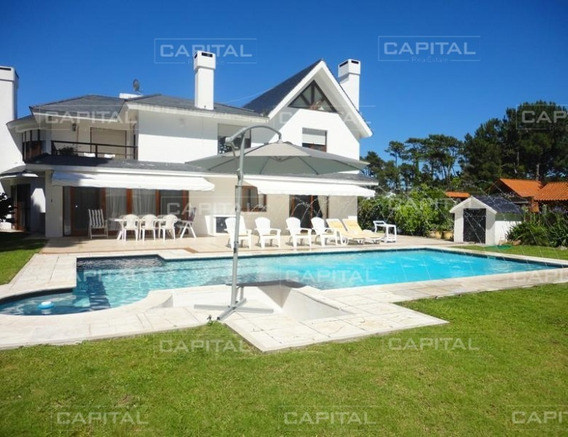 Casa De 6 Dormitorios En San Rafael-ref:25320