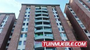 Apartamentos En Venta 19-16541 Yolimar Benshimol 04246157978