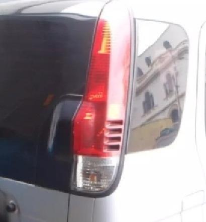 Imagen 1 de 2 de Stop Trasero De Dahiatsu Terios 06 / 07 Derecho Original....