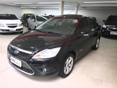 Focus Titanium Sedan 2012 Fin.100%