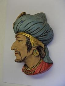 Escultura Rosto Nacionalidades Em Gesso Anos 70 Raridade