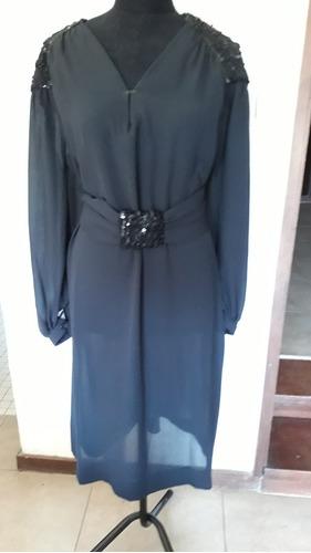 Vestido Fiesta Sra Negro Con Bordado En Hombros Y Cinto