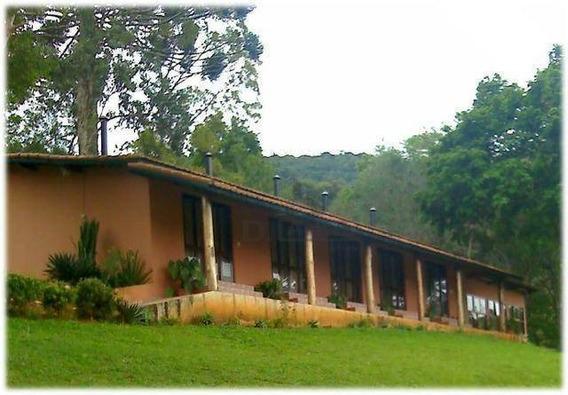 Sítio Com 4 Dormitórios À Venda, 60500 M² Por R$ 1.160.000 - Rural - Extrema/mg - Si0077