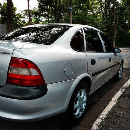 Imagem 1 de 9 de Chevrolet Vectra 1999 2.2 Gls 4p