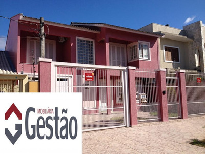 Casa / Sobrado Com 03 Dormitório(s) Localizado(a) No Bairro Moinhos De Vento Em Canoas / Canoas - C0447