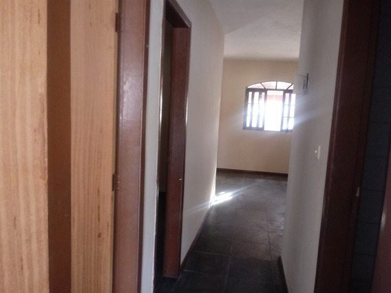 Casa Garagem Para 2 Carros, Sala, Cozinha, Banheiro, Quinta