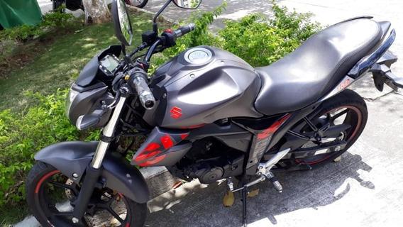 Suzuki Gixxer Negra Cilindraje 150, Modelo 2019