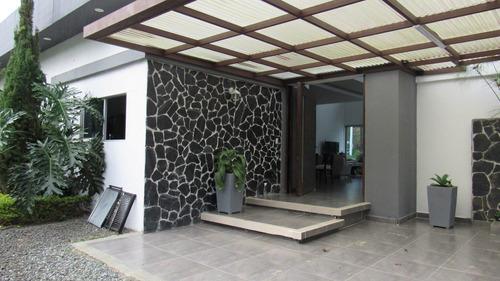 Venta De Casa Campestre Esquinera En Condominio Cerritos Pereira