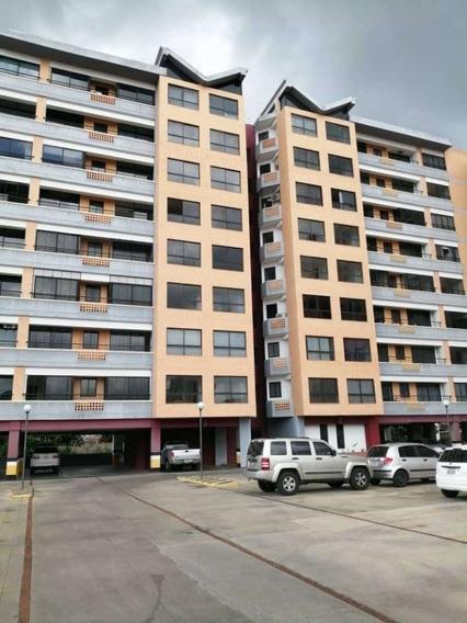 Apartamento De 2 Habitaciones, Urb. Agua Blanca
