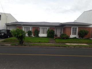 Casa De Lujo Se Incluyen Los Muebles Y Mesa De Pool