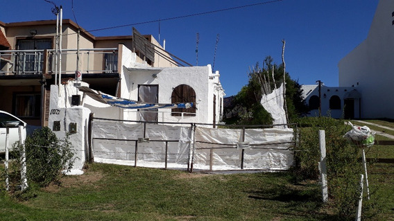 Casa Frente Al Mar En Las Toninas
