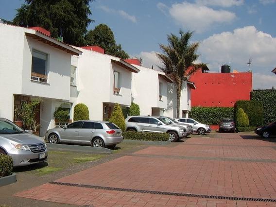 Casa En Condominio, 3 Recamaras, Estudio, Sala Tv Y Jardin