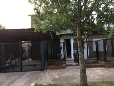 Casa En Alquiler- Funes.