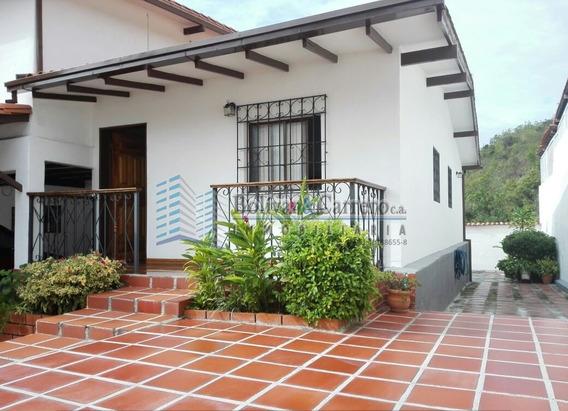 En Venta Hermosa Casa En Urb Villas El Tejar, Merida