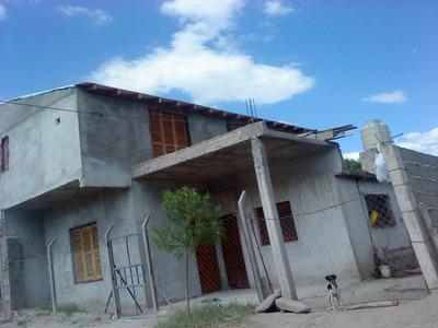 Casa 2 Dor,coc/comedor,baño,antebaño Y Al Lado A Terminar
