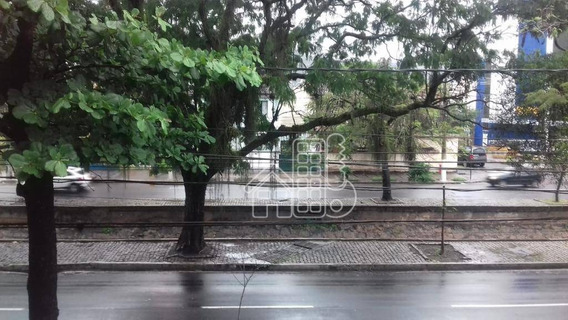 Casa Com 7 Dormitórios À Venda, 360 M² Por R$ 1.300.000 - Ca0796