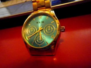 Reloj Sin Uso Quartz Metal Time