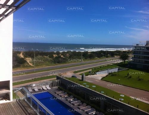 Apartamento En Playa Brava Punta Del Este Primera Fila-ref:25016