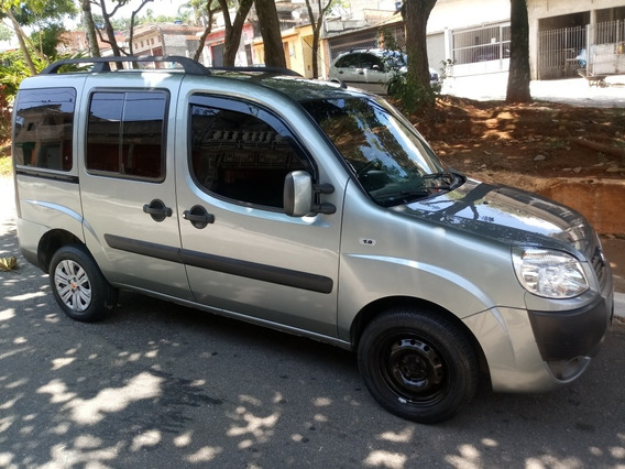 Fiat Doblo 1.8 16v Essence Flex 5p 2012