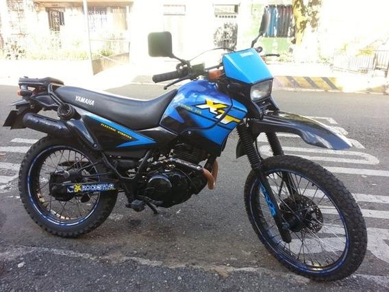 Vendo O Cambio Hermosa Yamaha Xt225.