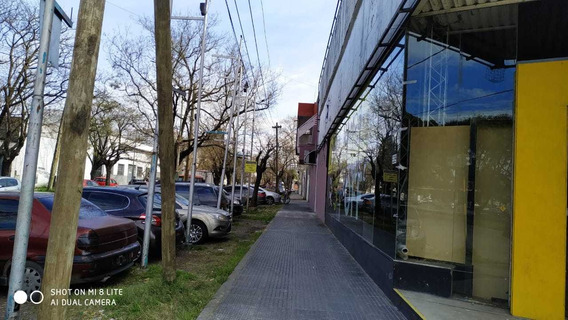 San Martin Y General Paz Local 740m2 Galpon