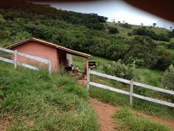 Sítio No Sul De Minas , Cidade De Baependi , Próximo A Cachoeira Do Gamarra , Com 15.000 M2. - 3818