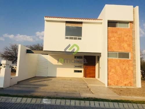 Casa Sola En Venta Reserva San Nicolas