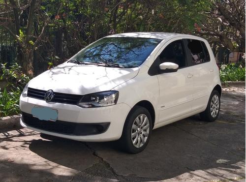 Volkswagen Fox 2014 - 1.6 Trend 8v Flex 4p Manual  2º Dono