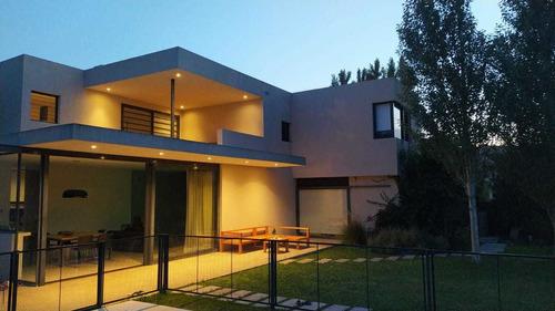 Venta Casa Villa Elisa 4 Dormitorios