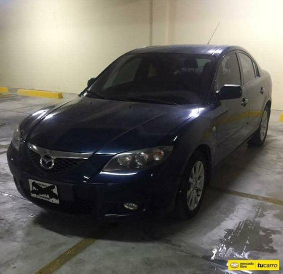 Mazda 3 .