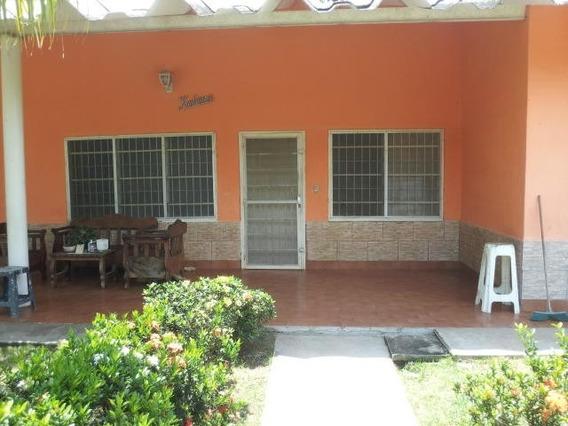 Casa En Venta Los Canales De Río Chico Fatld 20-6012