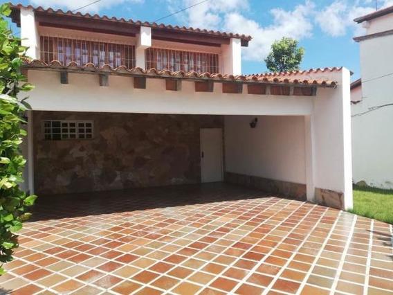 Casas En Venta Barquisimeto Santa Elena Flex N° 20-2419, Lp