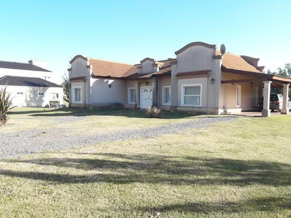 Casa 3 Dorm-lote 3,500 Mts 2 -180 Mts 2 Cubiertos - Campos De Roca