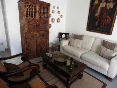 Departamento Amoblado En San Bartolo Con Tres Dormitorios