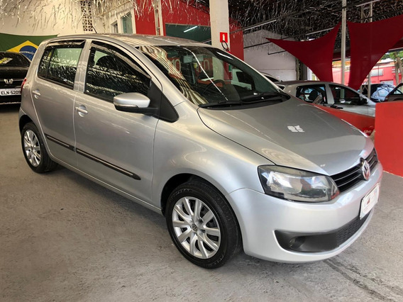 Volkswagen Fox 2011 1.6 Vht Total Flex 5p