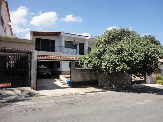 Casa En Venta Las Colinas Catia La Mar Vargas