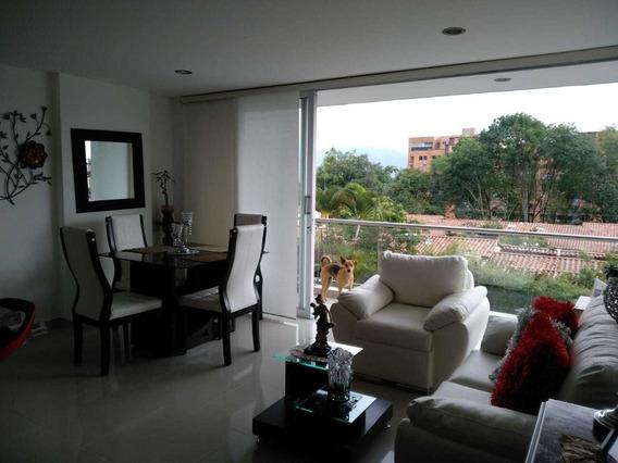 Apartamento En Venta En Envigado Antioquia.