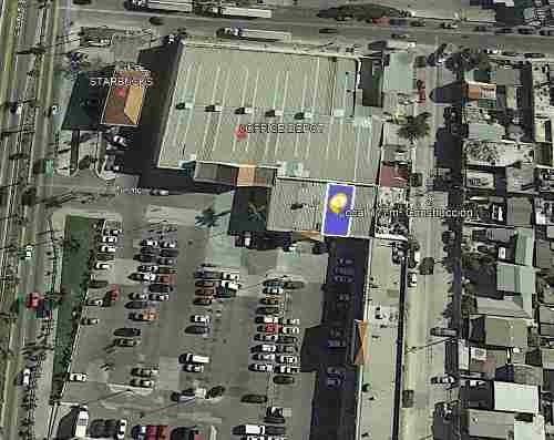 Local En Renta En Vía Rápida (al Lado De Office Depot) 5y 10