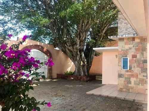 Casa En Venta En Esquipulas, Xoxocotlán, Oaxaca